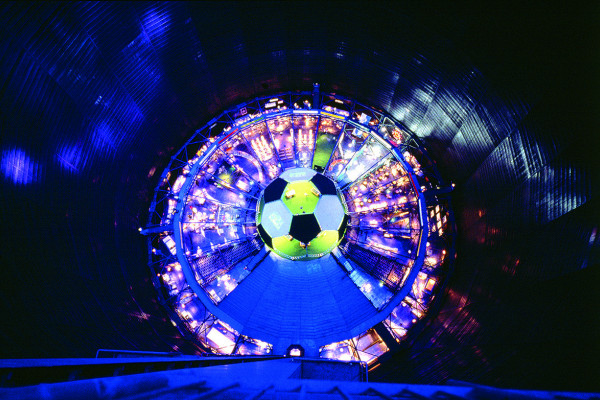 Die Manege des Gasometers mit der Fußballkuppel